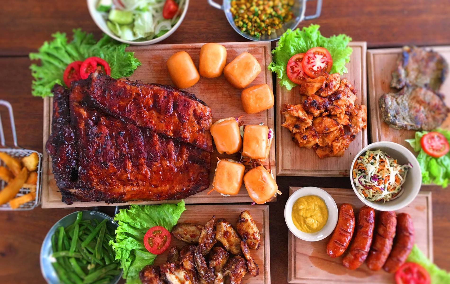 bbq-un-in-ribs-vietnam-restaurant-home-freatured image-1